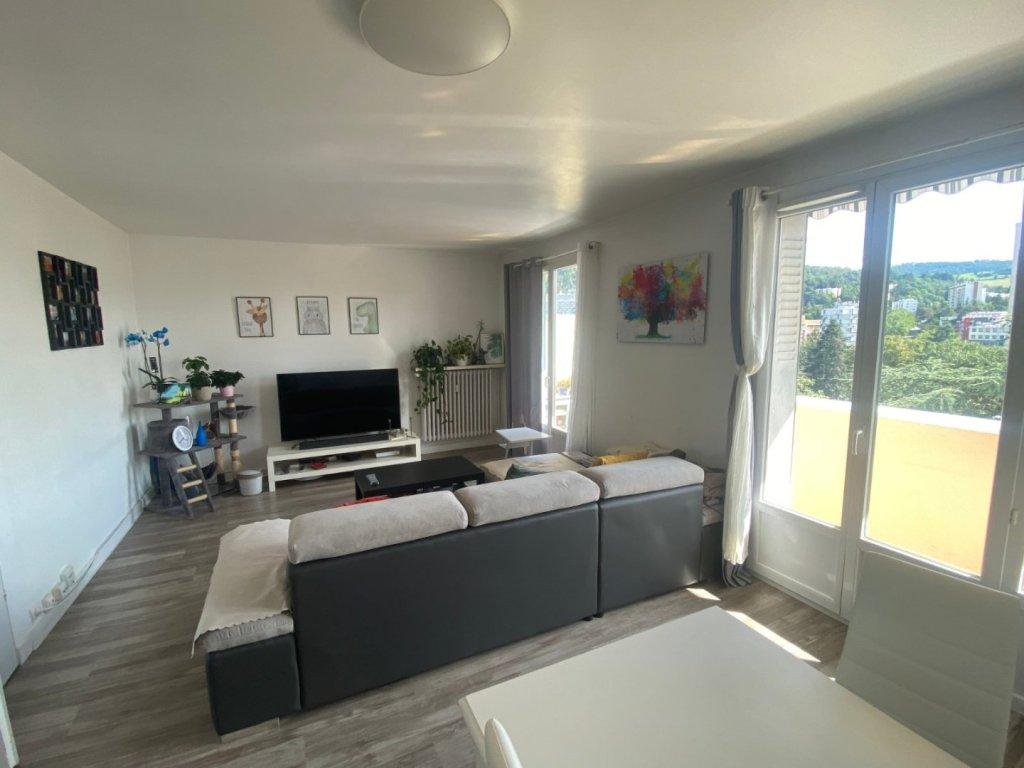 APPARTEMENT T4 A VENDRE - ST ETIENNE EST - 74 m2 - 87000 €