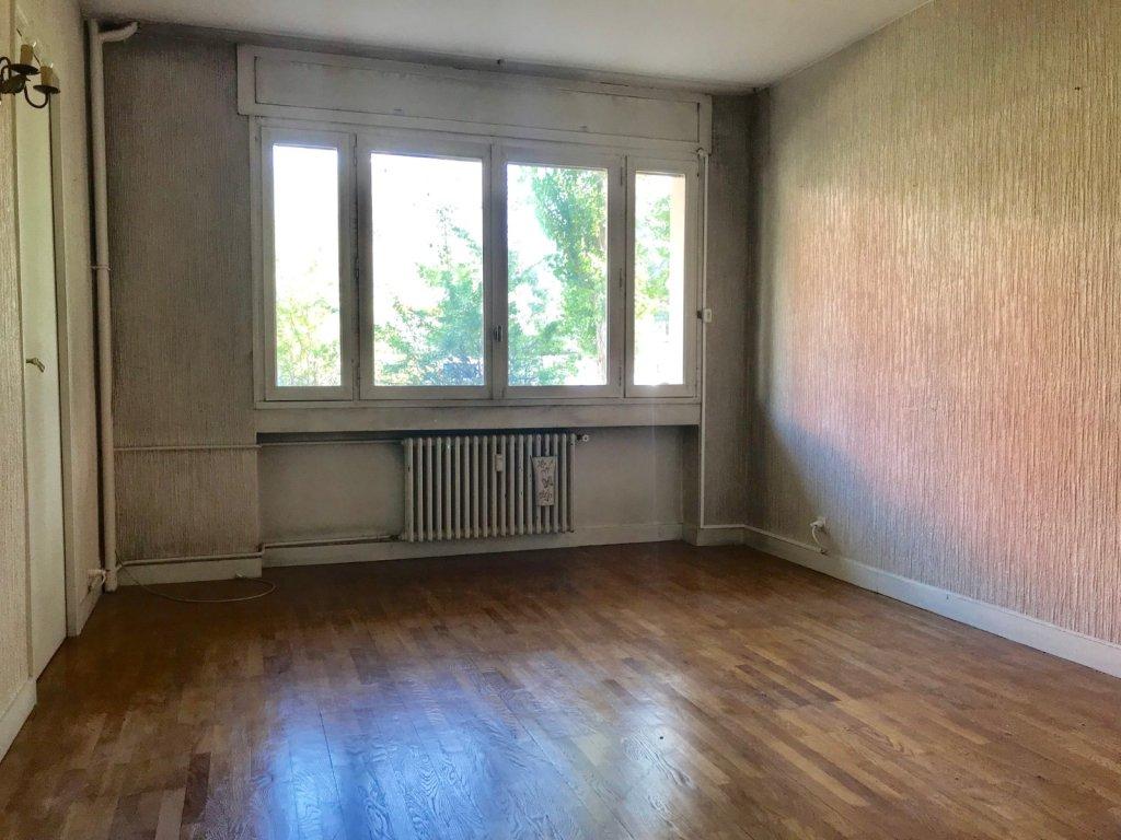 APPARTEMENT T3 - ST ETIENNE FAURIEL - 66,6 m2 - VENDU