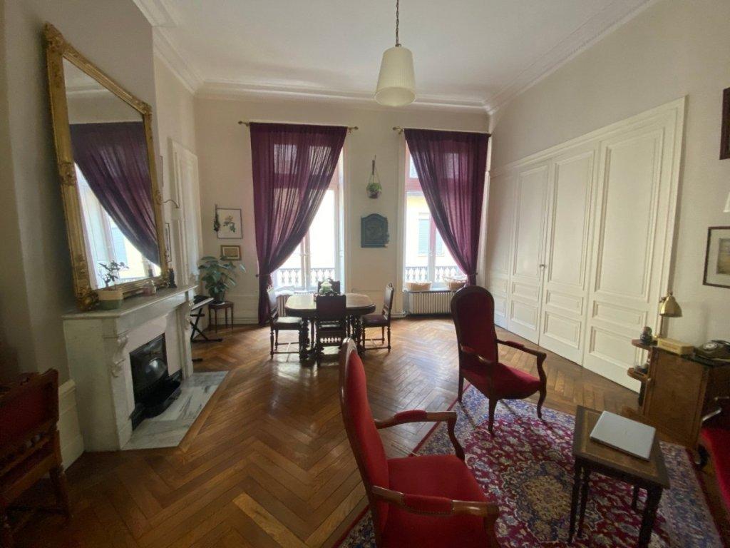 APPARTEMENT T3 A VENDRE - ST ETIENNE PREFECTURE-JACQUARD - 85 m2 - 115000 €