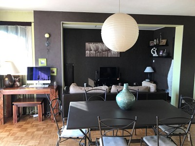 APPARTEMENT T3 A VENDRE - VILLARS - 75 m2 - 72000 €