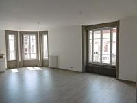 APPARTEMENT T4 A LOUER - FIRMINY - 107 m2 - 650 € charges comprises par mois