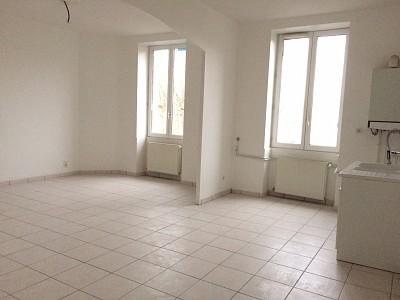 APPARTEMENT T4 A LOUER - RIVE DE GIER - 85 m2 - 595 € charges comprises par mois
