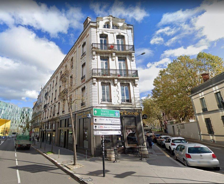 APPARTEMENT T4 A LOUER - ST ETIENNE CENTRE - 102,4 m2 - 690 € charges comprises par mois