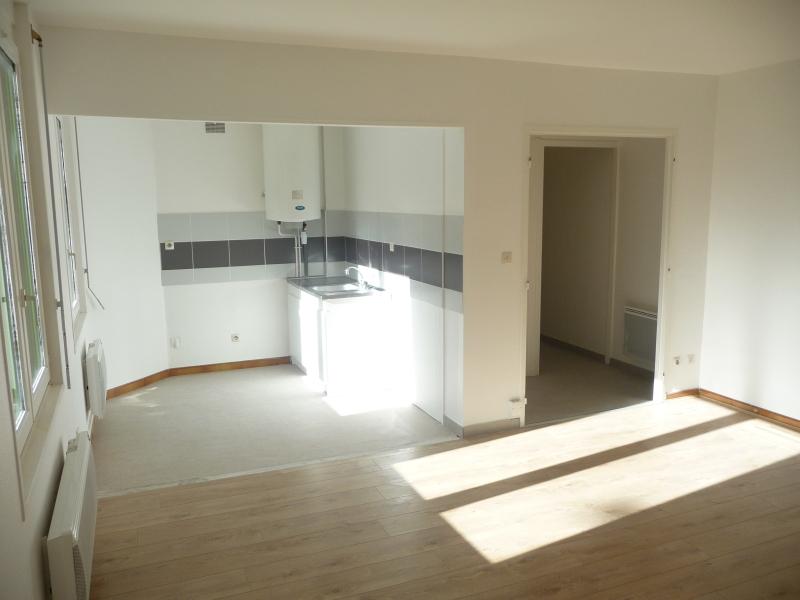 APPARTEMENT T3 A LOUER - ST ETIENNE HYPER CENTRE - 72 m2 - 478 € charges comprises par mois