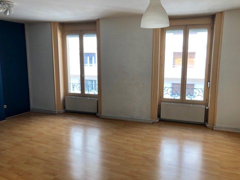 APPARTEMENT T4 A LOUER - ST ETIENNE BADOUILLERE-CHAVANELLE - 93 m2 - 636,10 € charges comprises par mois