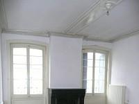 APPARTEMENT T4 A LOUER - ST ETIENNE PREFECTURE-JACQUARD - 132 m2 - 650 € charges comprises par mois