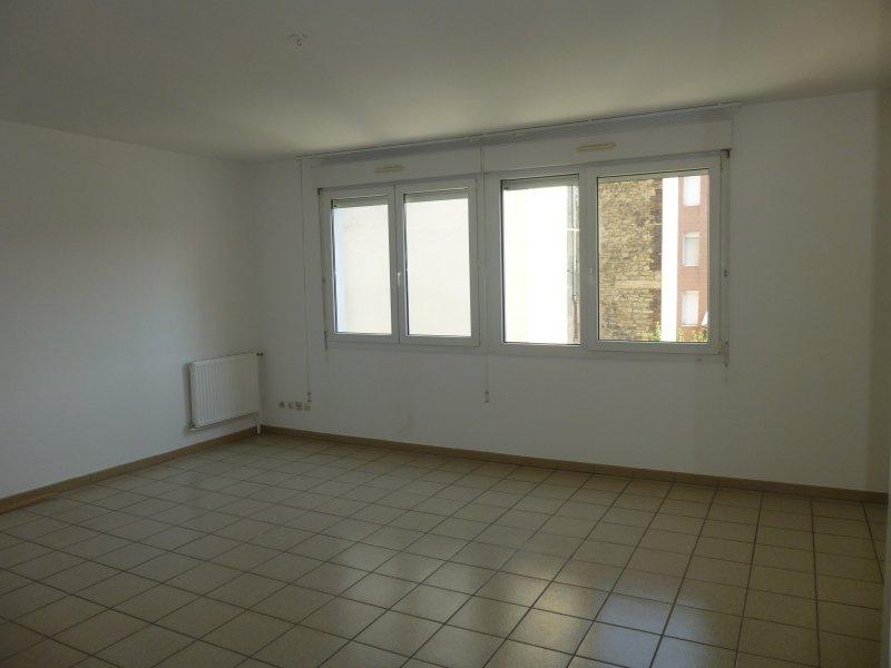 APPARTEMENT T3 A LOUER - ST ETIENNE CARNOT-MARAIS - 75 m2 - 580 € charges comprises par mois