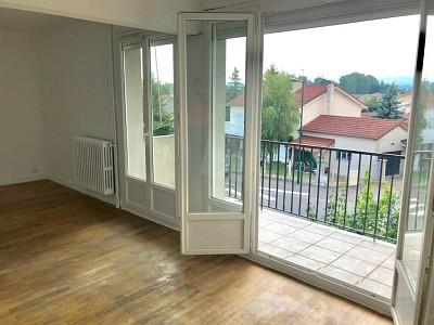 APPARTEMENT T4 A VENDRE - ST CYPRIEN - 86,75 m2 - 100000 €