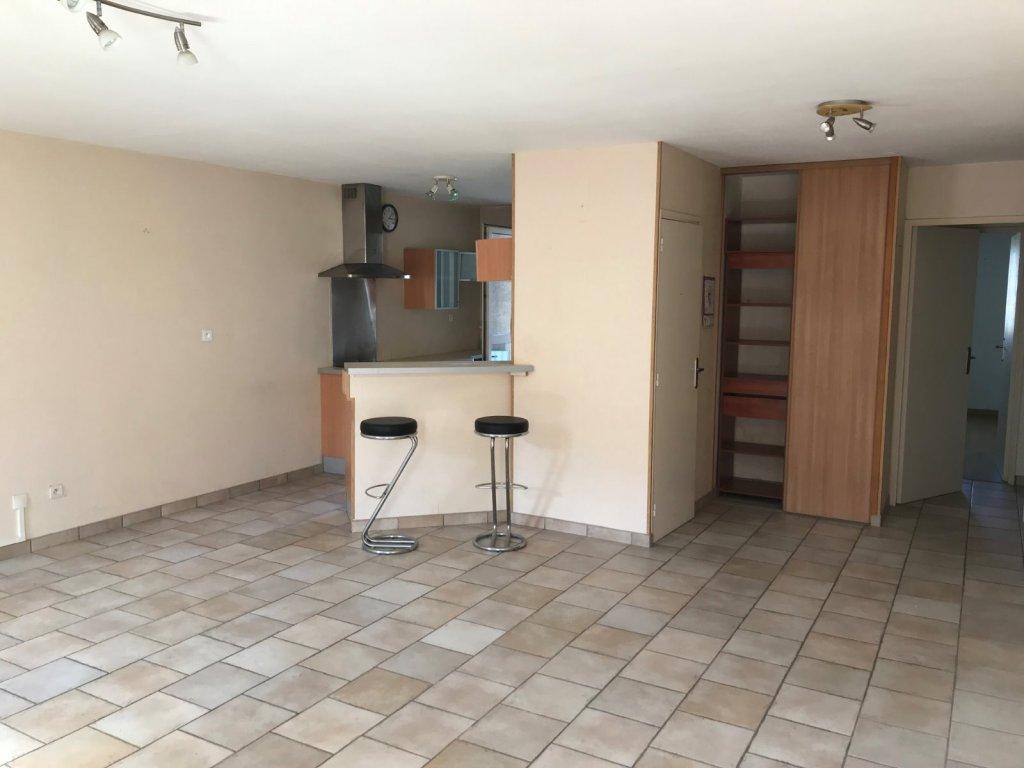 APPARTEMENT T4 A VENDRE - ST ETIENNE carnot - 83,7 m2 - 89000 €