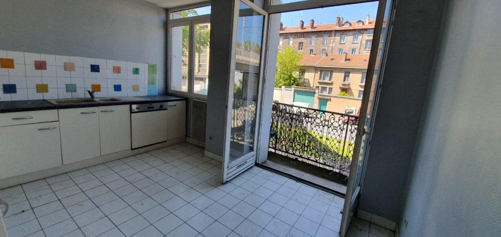 APPARTEMENT T4 A VENDRE - ST ETIENNE carnot - 86 m2 - 60000 €