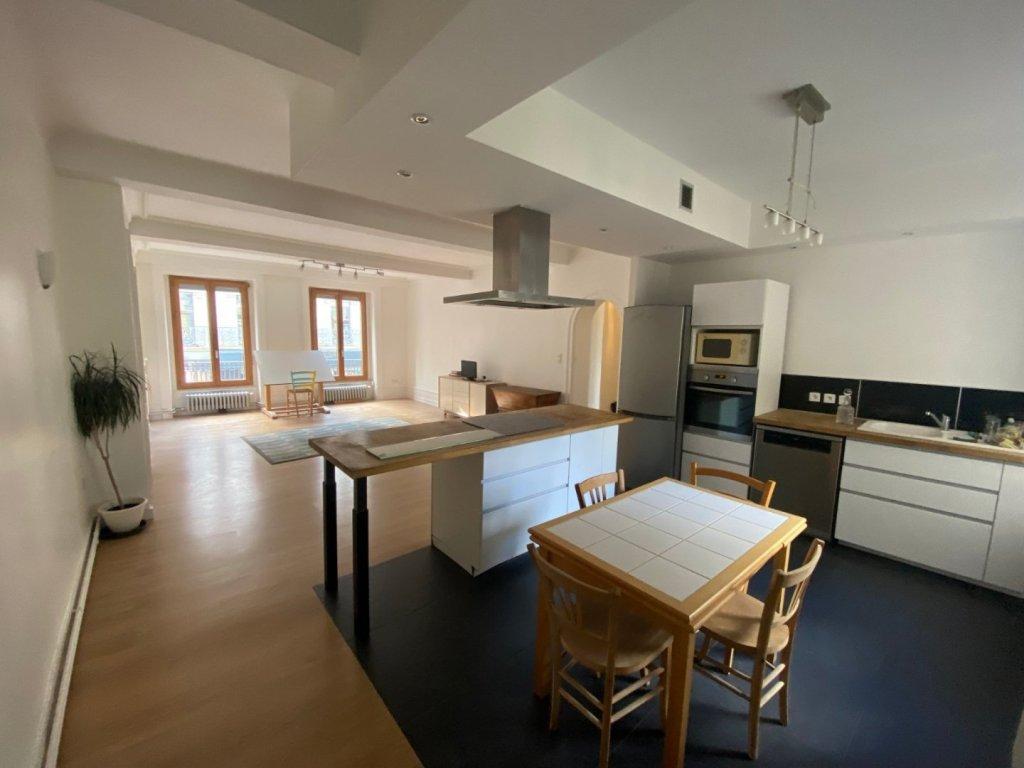 APPARTEMENT T4 A VENDRE - ST ETIENNE CENTRE - 105 m2 - 140000 €