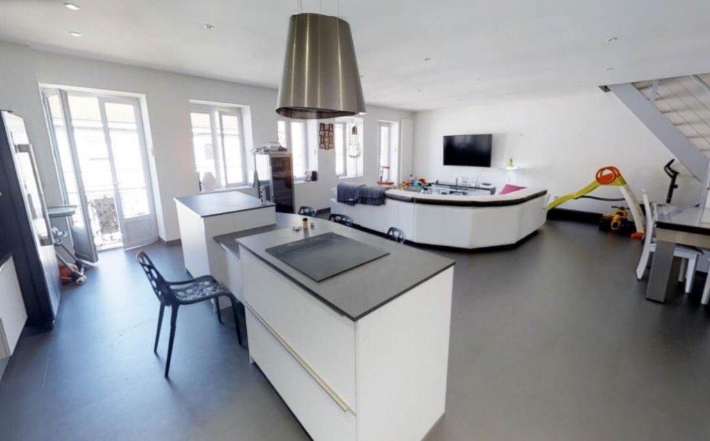APPARTEMENT T5 A LOUER - FIRMINY - 133 m2 - 850 € charges comprises par mois
