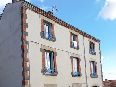 APPARTEMENT T4 - FRAISSES - 77,49 m2 - LOUÉ