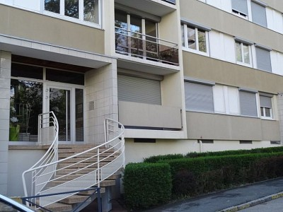 APPARTEMENT T4 A LOUER - ST ETIENNE VALBENOITEPORTAIL ROUGE METARE - 82 m2 - 690 € charges comprises par mois