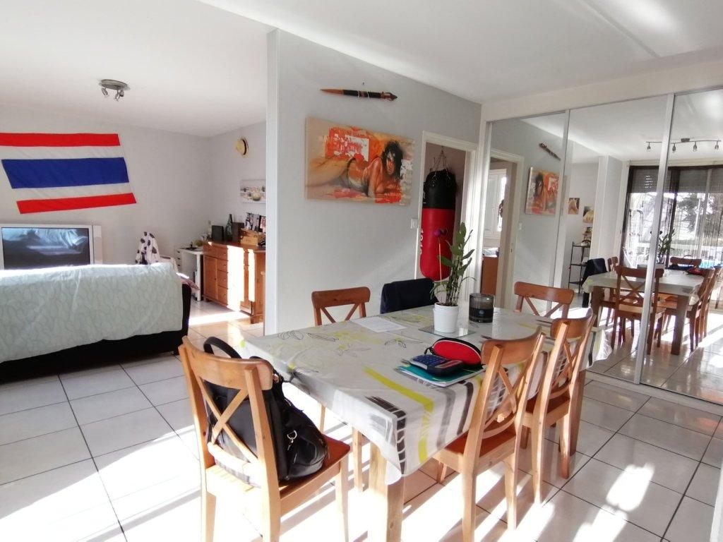 APPARTEMENT T5 A VENDRE - RIVE DE GIER - 84,27 m2 - 119000 €
