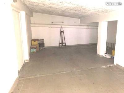 APPARTEMENT T5 A VENDRE - ST ETIENNE FAURIEL - 107 m2 - 105000 €