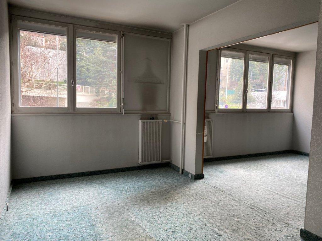 APPARTEMENT T7 A VENDRE - ST ETIENNE SUD - 124 m2 - 85000 €
